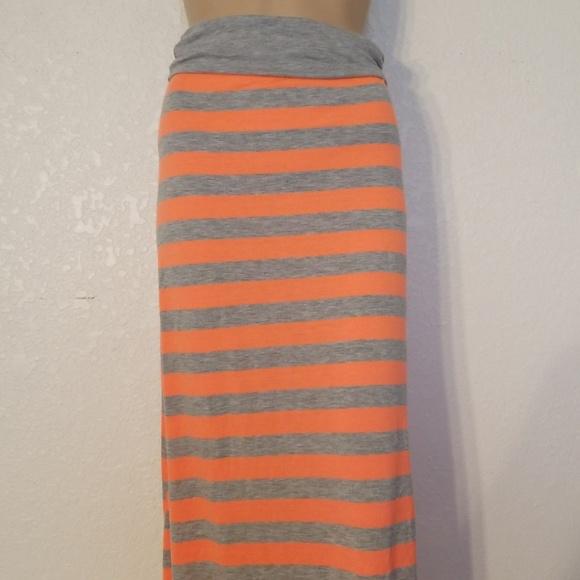 Rue21 Dresses & Skirts - Orange and gray maxi skirt. Size M